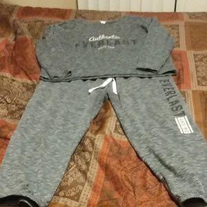 Everlast jogging suit
